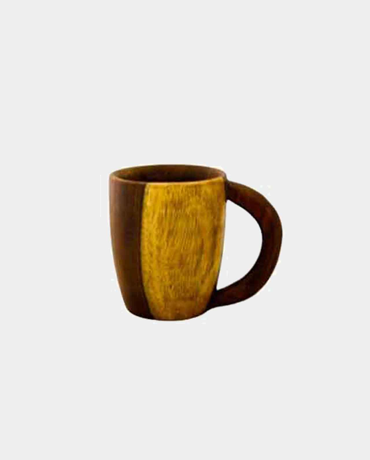 Cup Handmade of Asersus with the original texture and color of the tree trunk